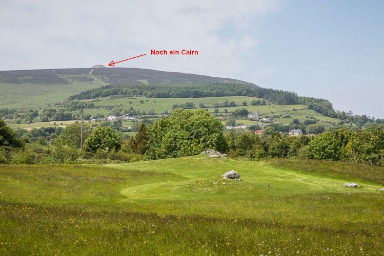 Auch auf dem Knocknarea gibt es ein Cairn - das vermeintliche Grab der mythischen Königin Medb.