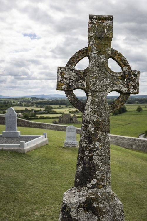 Eines der pittoresken alten Grabkreuze, die ich so faszinierend finde